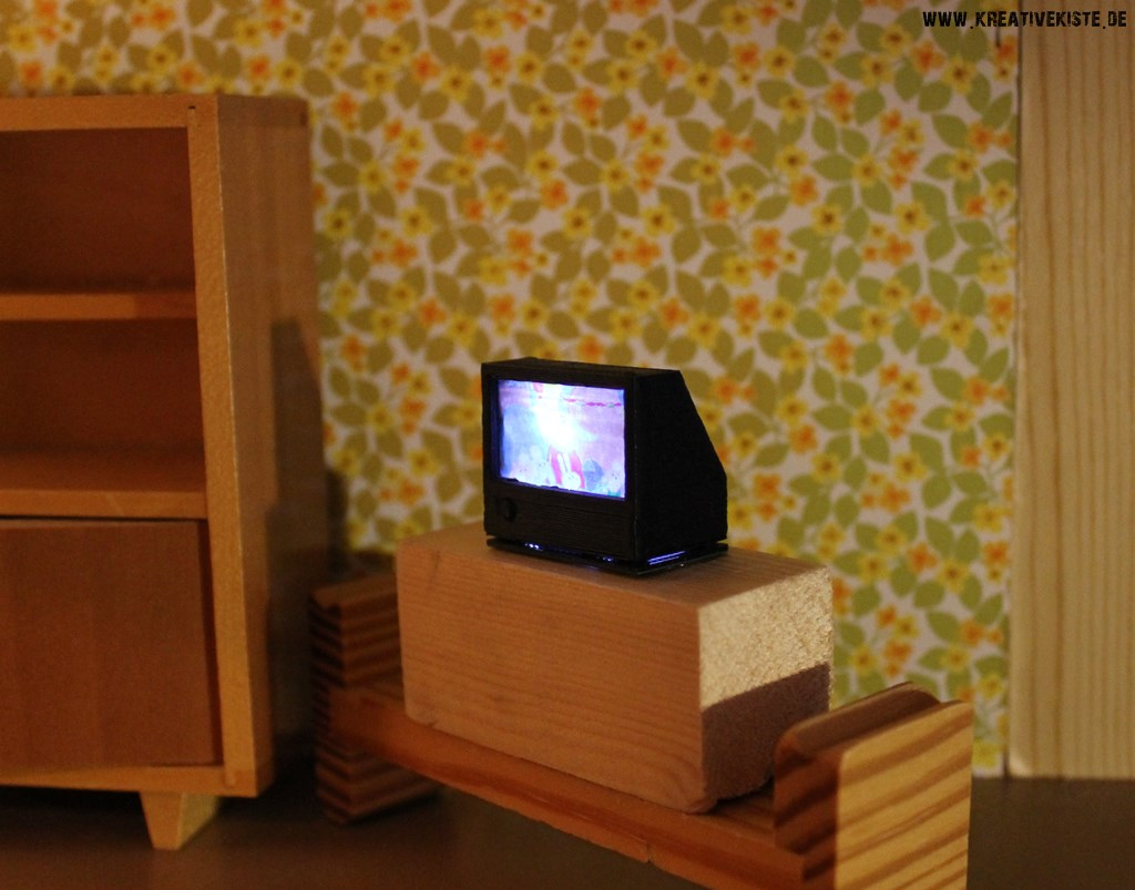 fernseher selber basteln dansenfeesten. Black Bedroom Furniture Sets. Home Design Ideas
