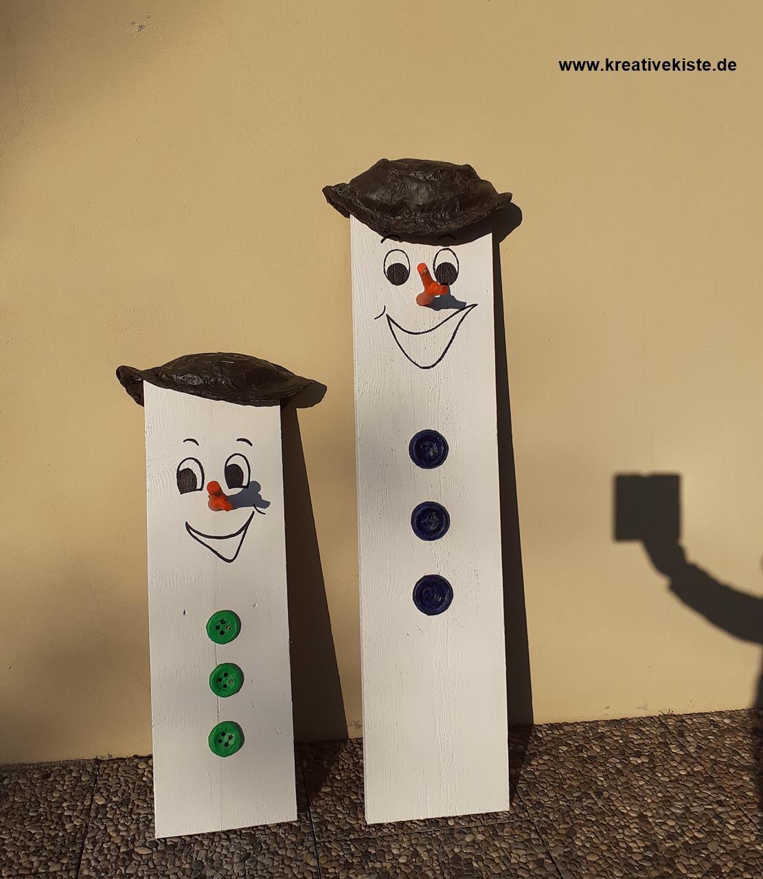 Brettchen Schneemänner