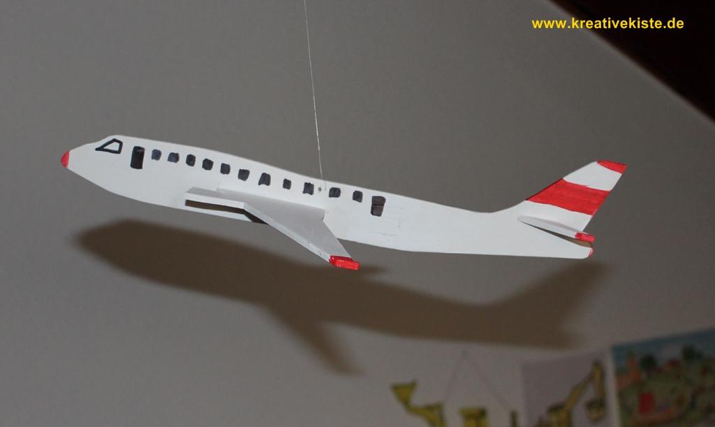 Laubs ge vorlagen - Flugzeug basteln mit kindern ...