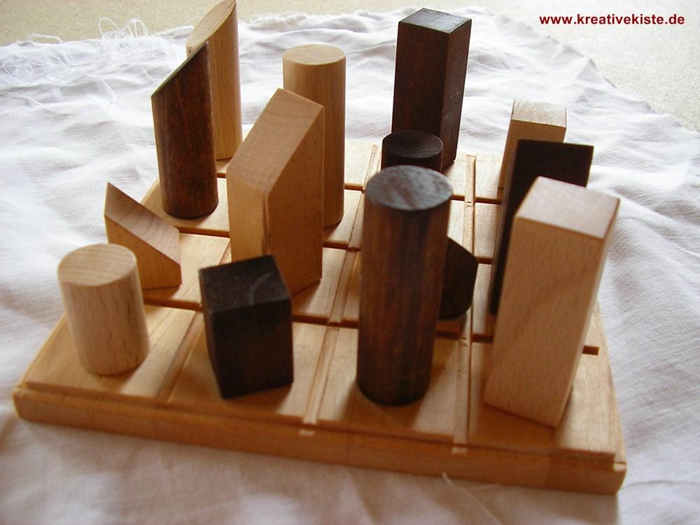 quadro spiel. Black Bedroom Furniture Sets. Home Design Ideas