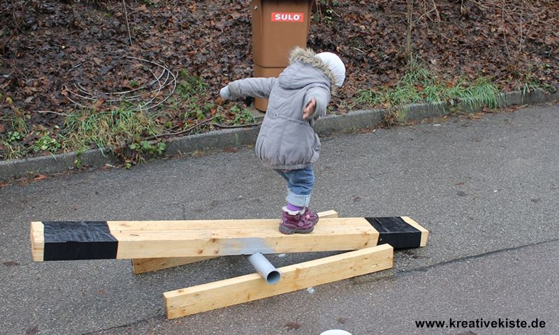 Kinder Wippe